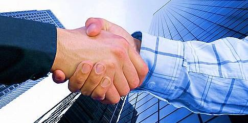 customer_relationships_management_handshake